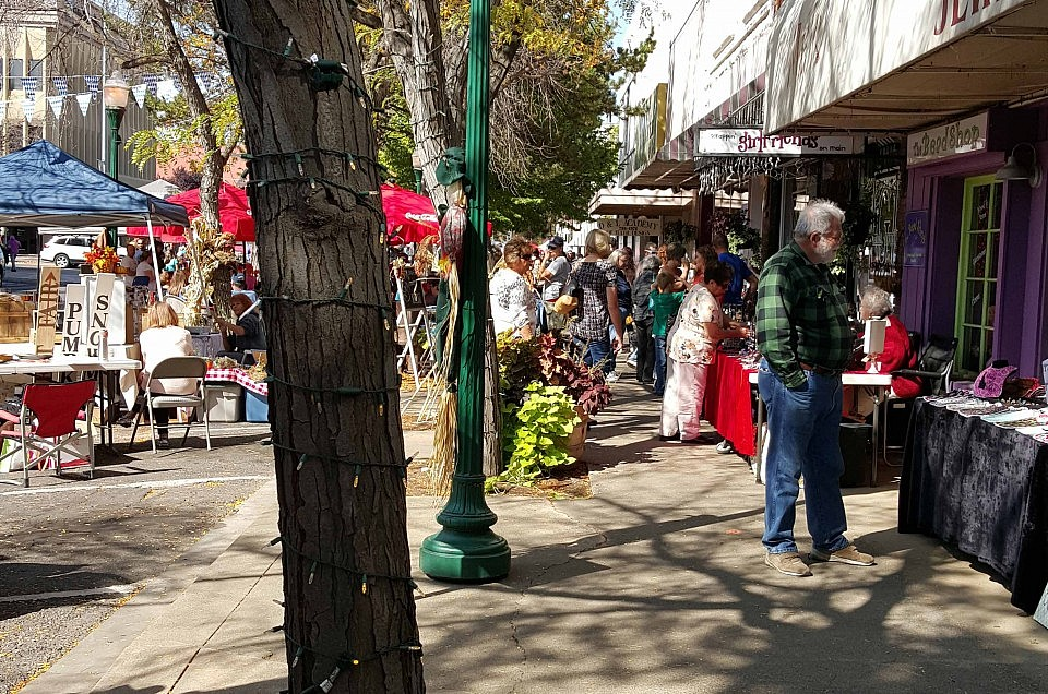 October Fest 2015 ~ Sprout's ~ Cash & Carry